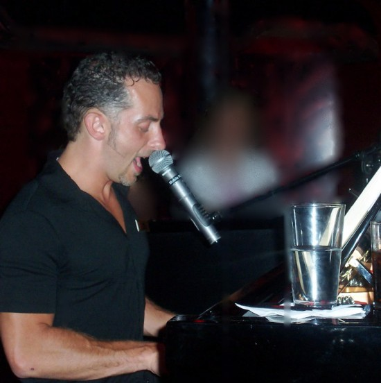 dueling pianos2